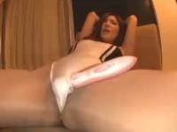 レースクイーンのコスプレをしたモデル系巨乳美女がホテルの部屋でおもちゃで気持ちよくなった後水着を着たままで中出しSEX 椎名ゆな 裏アゲサゲ 無料エロ動画