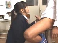 清純系で超絶可愛い美少女JKが先輩に告白し教室で制服を着たまま中出しセックス erovideo無料エロ動画