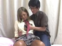 JKマッサージに来た男がオプションで黒ギャル女子校生に着衣SEXしてもらい勝手に中出しする 裏アゲサゲ無料エロ動画