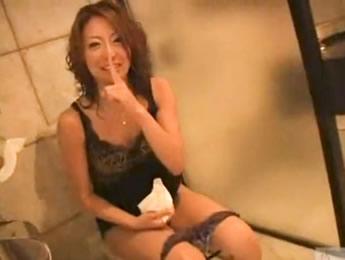 【無修正】色気ムンムンなキャバ嬢系のスタイル抜群美巨乳美人お姉さんと生挿入セックス るな XVIDEOS無料エロ動画